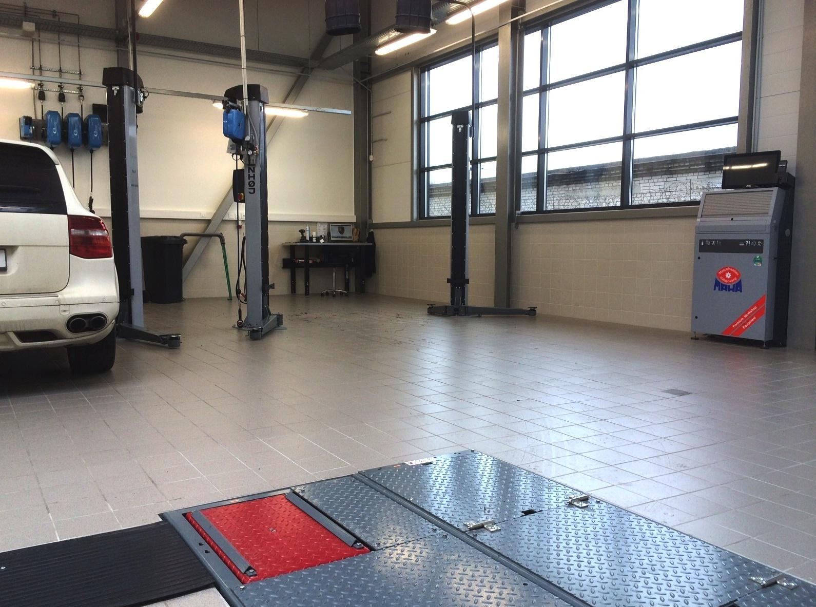 Porsche Tallinn- Stenhoj and MAHA products
